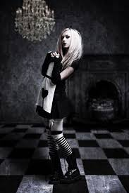 Girls Gothic Halloween Costumes 79 Creepy Doll Images Halloween Ideas Happy