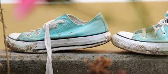 What Temperature Do I Wash Colors - how to wash shoes in the washing machine persil