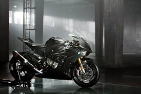 bmw hp4 black bmw hp4 race gets a carbon fiber chassis for 2017