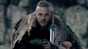 travis fimmel hair for vikings vikings star travis fimmel developing wyatt earp series for