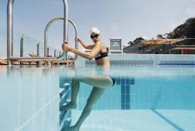 Inside Swimming Pool How To Fix Surface Tiles Inside Of The Swimming Pool Home Guides