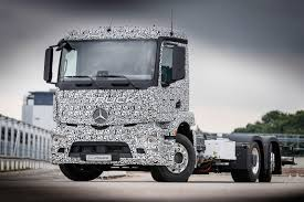 future bugatti truck mercedes benz unveil all electric 26t heavy duty urban etruck