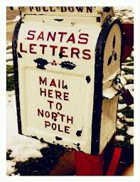 Mailbox Decor For Christmas by To Dress Up Your Mailbox In A Fairy Tale Look For This Christmas