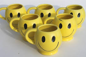 Smiley Face Vase Mccoy Pottery Mugs 70s Retro Yellow Smiley Face Ceramic Coffee