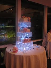 Wedding Centerpiece Stands by Top 25 Best Chandelier Cake Stand Ideas On Pinterest Silver