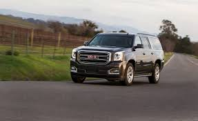gmc yukon white 2017 2018 gmc yukon xl pictures photo gallery car and driver