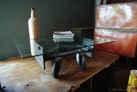Table Basse Verre Roulette Industrielle by Table Basse En Verre Sur Roulettes Tables Gigognes Max U0026 Moritz