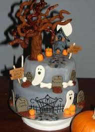 3 halloween graveyard cakes cake decorating pinterest