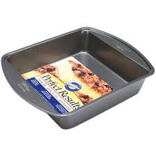amazon com wilton perfect results 8 inch square cake pan novelty