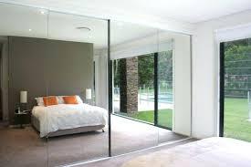 miroir dans chambre à coucher miroir dans la chambre secureisc com