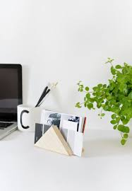 Modern Desk Tidy by Diy Minimal Desk Tidy Burkatron