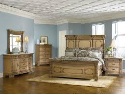 fascinating traditional bedroom decor with wooden furniture and