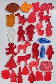 vintage plastic cookie cutter sters lot of cookie cutters w