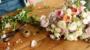 floral design a beginners guide to flower arranging skillshare