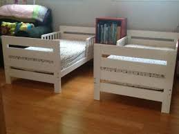 Transitioning Toddler From Crib To Bed Transitioning From Cribs To Toddler Bed Or Size Mattress