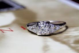 art deco diamond engagement ring 18k white gold 1920s antique