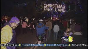 christmas tree lane kicks off with walk night abc30 com
