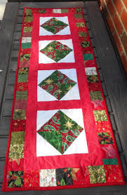 2296 best quilted table runners images on pinterest table