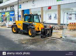 jcb and truck stock photos u0026 jcb and truck stock images alamy