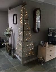 corner christmas tree palet corner christmas tree feeling crafty