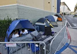 where are the best deals on black friday 2013 black friday tents go up at best buy burbank la times