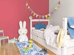 chambre pour enfants une peinture spéciale pour chambre d enfants joli place