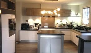 cuisine blanc et bois cuisine blanche avec ilot central mh home design 23 feb 18 14
