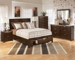 Decorating My Bedroom Arranging Bedroom Furniture Home Design Idolza
