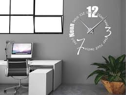 designer wanduhren modern wanduhren wohnzimmer modern marcusredden awesome wanduhren