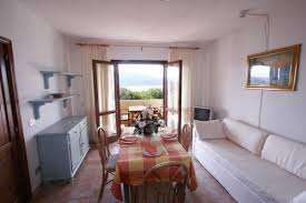 two room flat with garden view 4 6 beds