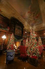 Christmas Decorations For Homes by Best 25 Christmas 2014 Ideas Only On Pinterest Kiss Concert