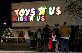 lined up outside toys r us thanksgiving day for their