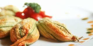 cuisiner fleurs de courgettes fleurs de courgettes farcies au fromage de chèvre facile