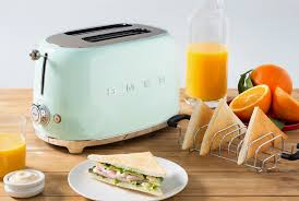 Toasters Best 5 Toasters You U0027ll Want To Leave Out On Your Counter Gear Patrol
