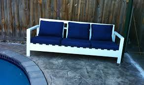 ana white simple outdoor sofa for the pool diy projects
