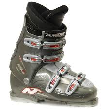 used s ski boots size 9 nordica easy move ski boots