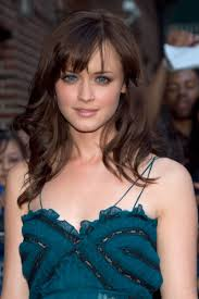 medium length concave hairstyles 60 medium length hairstyles to steal from celebrities side bangs