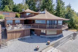design a house a rotunda of a house on vashon lists for 1 1m curbed seattle