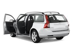 2010 volvo v50 reviews and rating motor trend