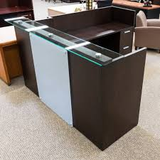Stand Up Reception Desk Dallas Desk Inc Office Furniture Dallas