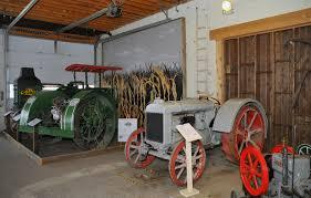 Tractor Barn Tractor Museum Revamps Exhibits Nebraska Today University Of