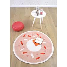 tapis rond chambre b tapis rond fille fabulous tapis minnie tapis carpette x cm coeur