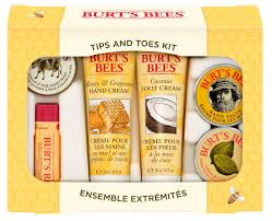 amazon com burt u0027s bees hand repair gift set 3 hand creams plus