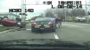 traffic light mt clemens video police chase crash in mount clemens