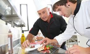 cours cuisine divonne cours de pâtisserie des macarons de 2h30 coulisses gourmandes fr