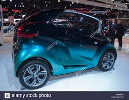 peugeot concept cars paris france paris car show peugeot electric concept car bbi