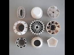 artist builds giant 3d clay printer to make beautiful ceramics