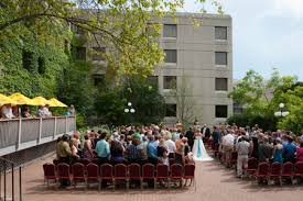 wedding venues appleton wi a lovely outdoor wedding ceremony at the radisson paper valley