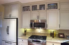 cincinnati kitchen cabinets kitchen cabinets cincinnati kitchen solutions cabinet finishing