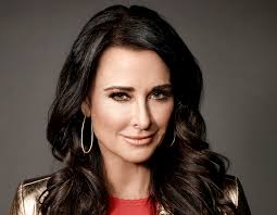 win it all cast the celebrity apprentice spotlight is kyle richards in a great